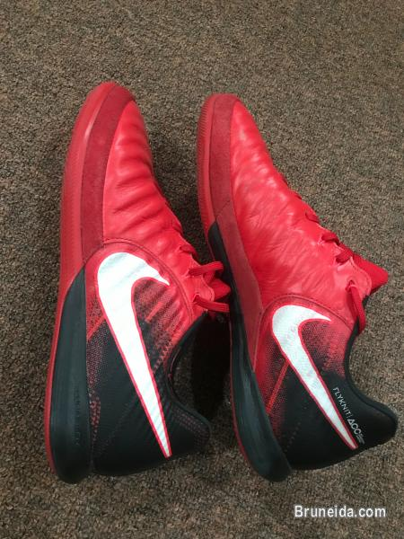 Picture of Nike TiempoX futsal shoes