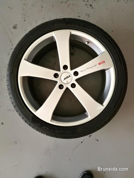 Picture of 5 spoke 19'' 114. 3 x 5 bolt