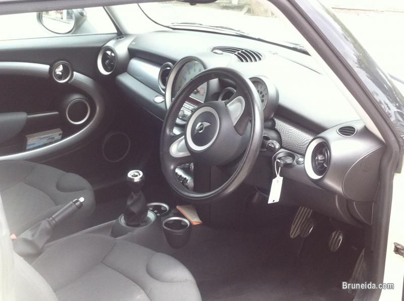 Mini Cooper S in excellent condition in Brunei