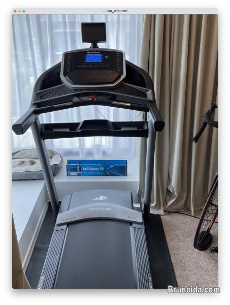 Pictures of NordicTrack Running Machine