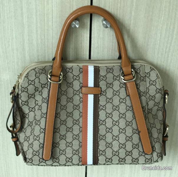 Picture of Preloved Handbags For Sale