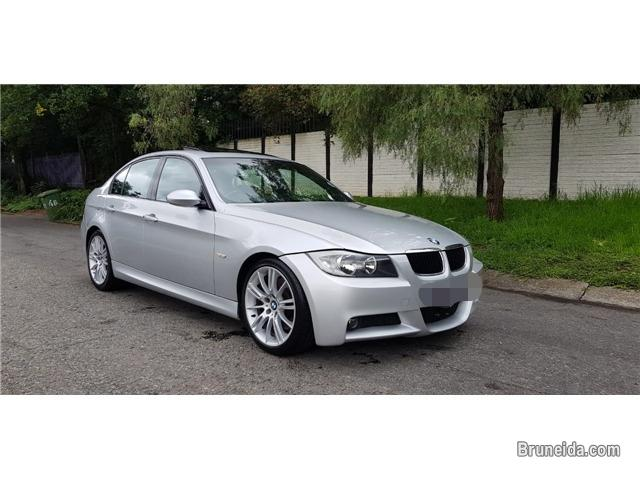Pictures of BMW E90 320i