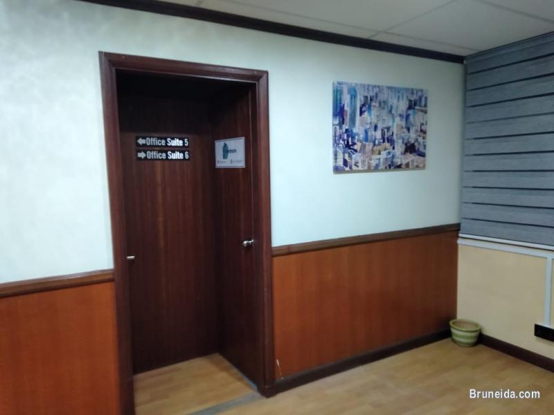 (SOLD) CO. CIRCLE LATIFUDDIN - OFFICE SUITE 5 in Brunei Muara - image