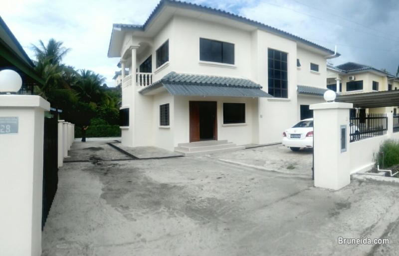 Picture of Quality used double storey detached house for Sale