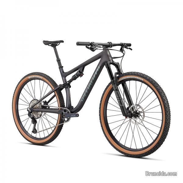 2021 Specialized Epic EVO Comp 29`` Mountain Bike