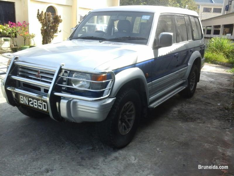 Picture of Mitsubishi Pajero for Sale 5500 and negotiable