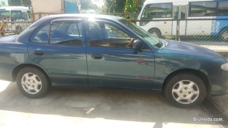 Picture of Hyundai Accent 1. 3