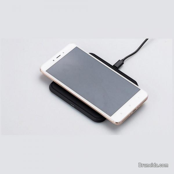 Picture of Pre Order Now!! - Qi charger 10W Wireless Charger