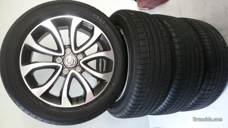 Picture of 17'' Enkei Rims with Yokohama Tyres