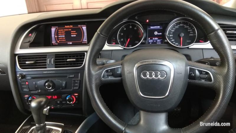 Audi A5 3. 2 v6 coupe (2door) in Belait