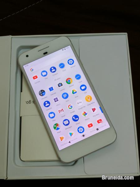 Pictures of Google Pixel 32GB