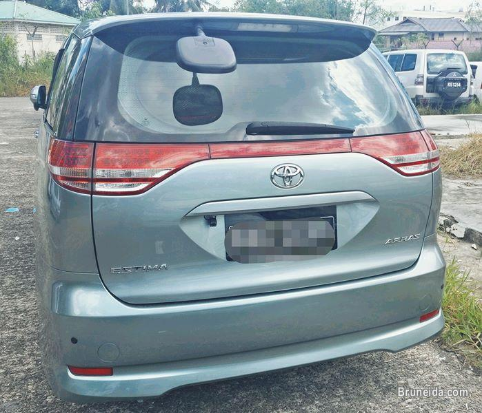 Picture of Toyota Estima for sell