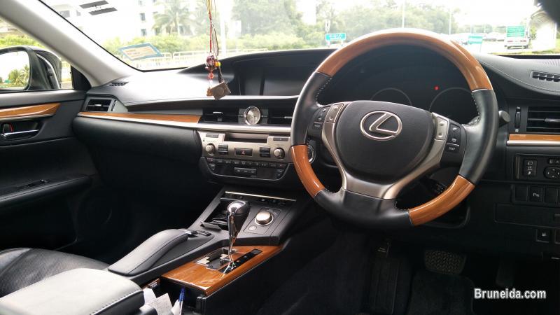 Lexus ES250 For Sale in Brunei
