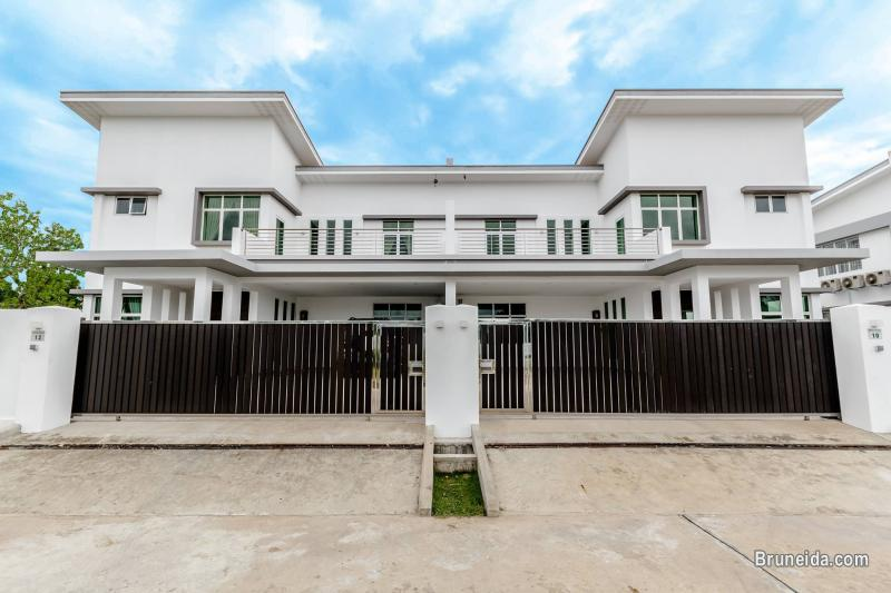 Pictures of Brand New and Beautiful Lambak Semi-Detached House for RENT