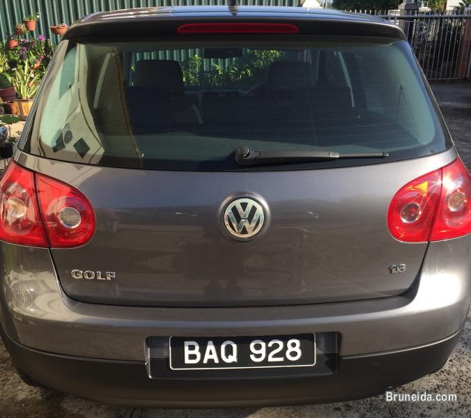 VW Golf 1. 6cc for sale - image 2