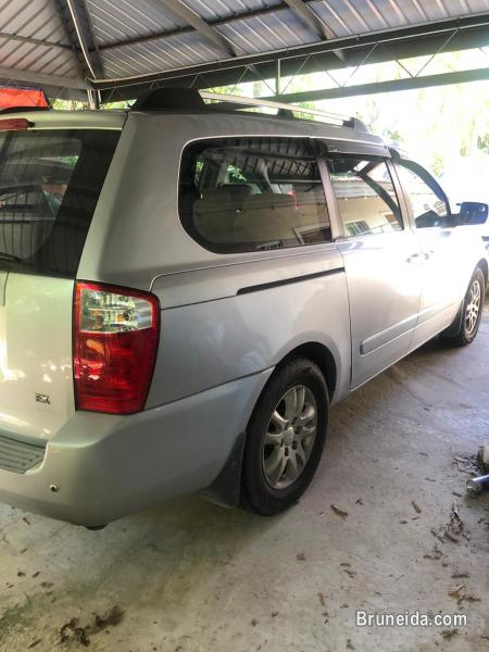 Picture of Kia carnival diesel 8seater