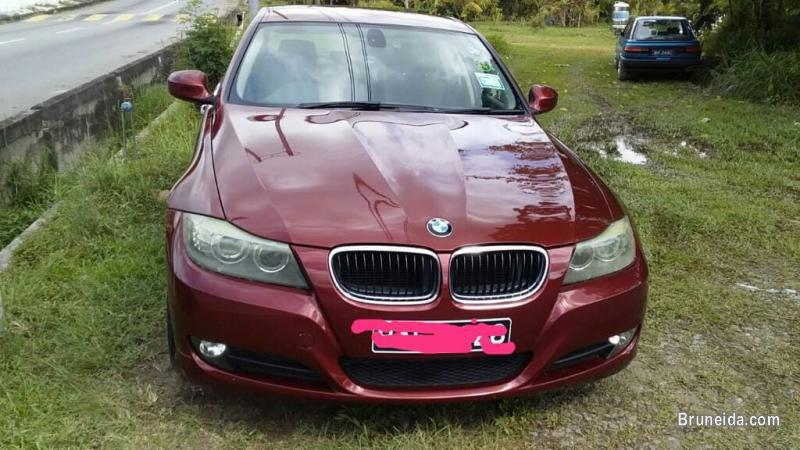Picture of BMW 318i AUTO REG 2011