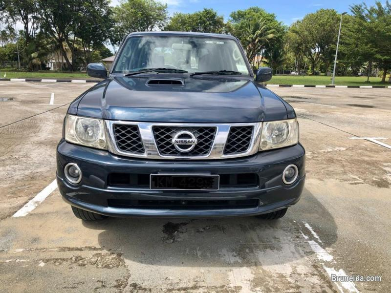 Picture of Nissan patrol 3. 0 grx turbo 4wd