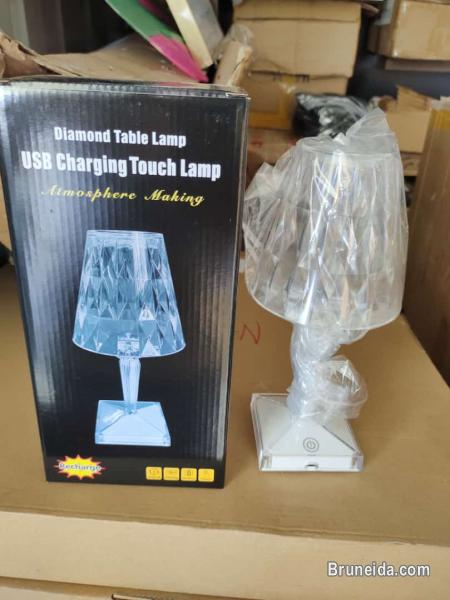 Picture of Diamond table lamp