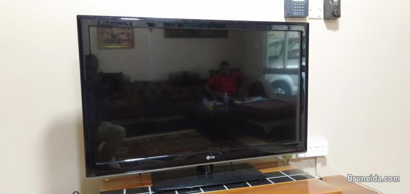 Picture of LG 43'' LED TV for Sale ($300)