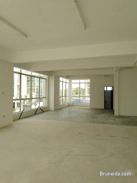 Picture of KENNY - $1. 5K 1st Floor Kiulap in Brunei Muara