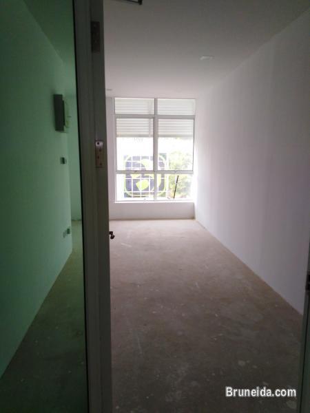 KENNY - $1. 2K 2nd Floor Kiulap - image 2