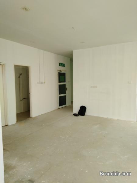KENNY - $1. 2K 2nd Floor Kiulap - image 9
