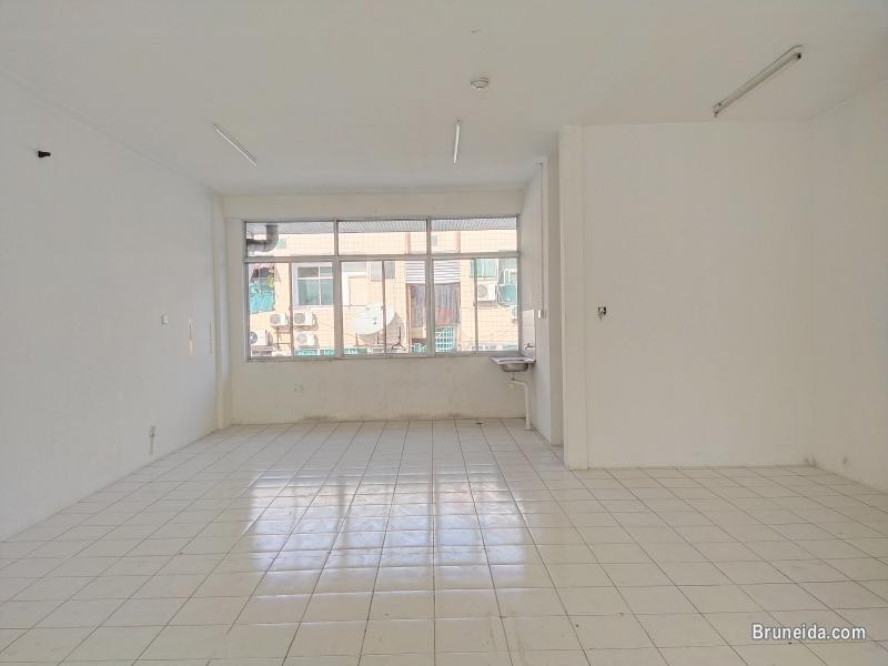 BRYAN - First Floor $650 Kg Bunut