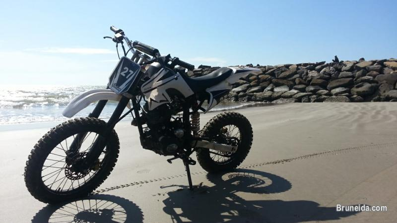 Picture of Lifan 150cc Motorcross 17'' and 14''