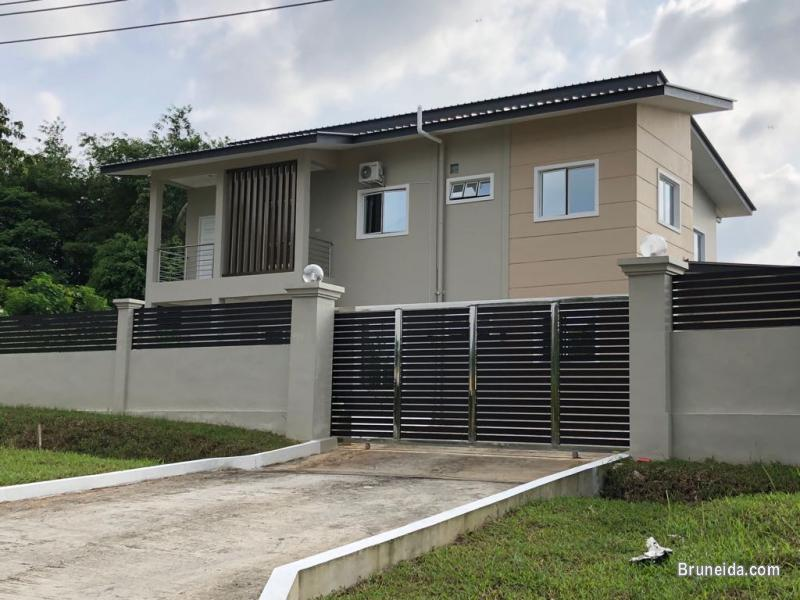 Picture of Recently completed double story detached house for rent