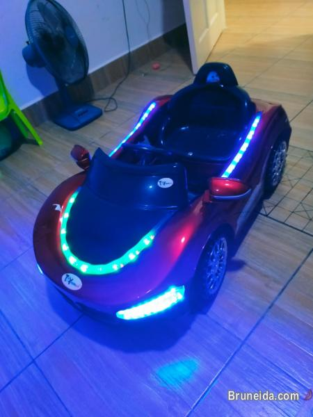 Picture of Ride on electric 12v battery car with wireless remote for sale