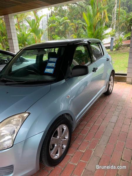 Pictures of Suzuki Swift Auto 2008