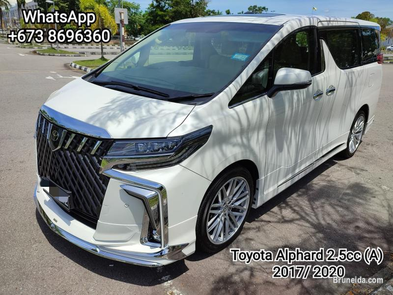 Picture of Toyota Alphard 2. 5cc (A) H Spec 3 Auto Door & Moonroof for SALES
