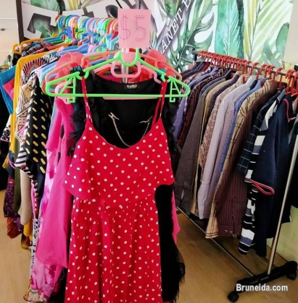 Picture of Garage sale @Berangan