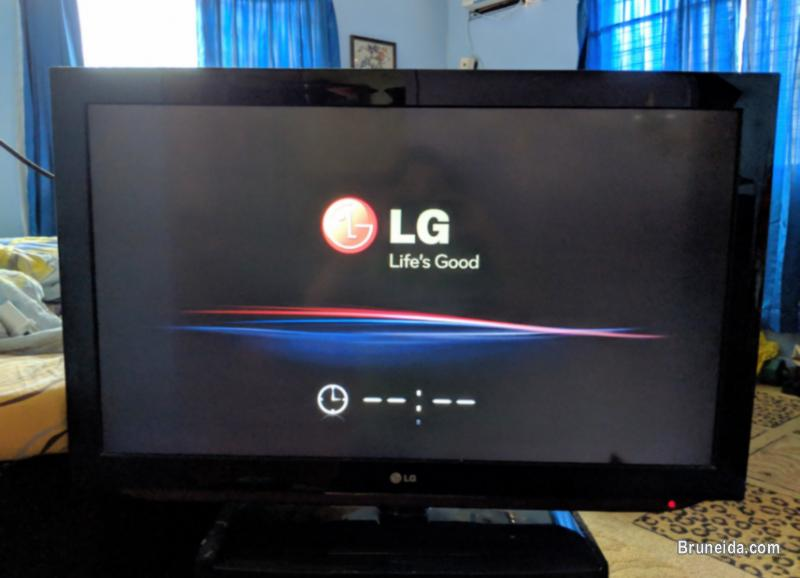 Picture of LG 37'' TV