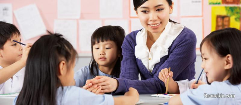 Picture of JOLLY PHONICS LITERACY LESSONS and Malay Fonetic +673 7143848