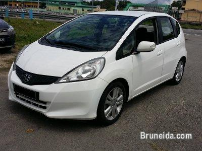 2012 honda jazz 1 4 manual white cars for sale in brunei muara 25800. Black Bedroom Furniture Sets. Home Design Ideas