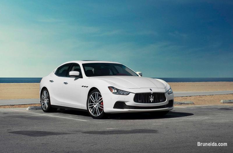 Picture of Maserati Ghibli S Auto White