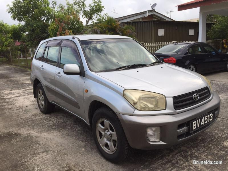 Picture of 2003 Toyota RAV4 AUTO