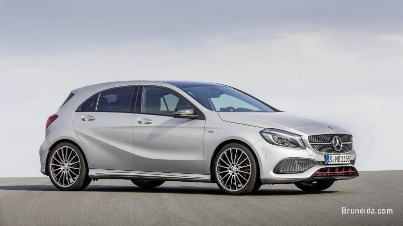 Picture of 2014 Mercedes Benz A200 Sport Polar Silver Metallic