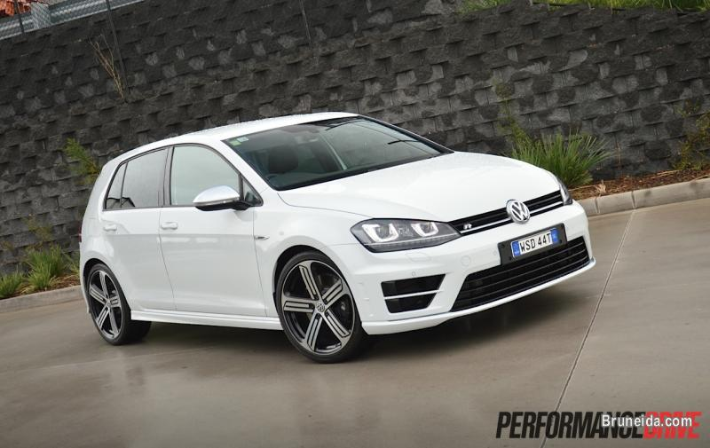 2015 vw golf r mk7 white cars for sale in brunei muara. Black Bedroom Furniture Sets. Home Design Ideas