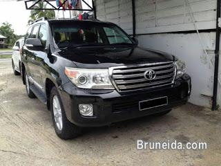 Picture of Toyota Land Cruiser V8