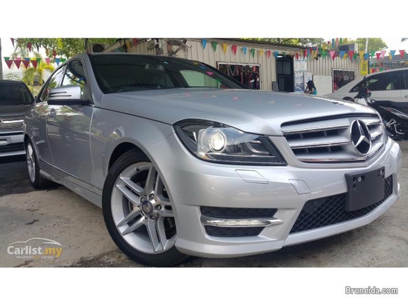 2014 Mercedes Benz C200 Iridium Silver Metallic