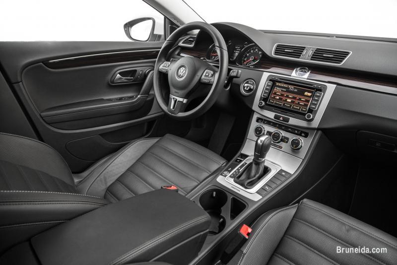 VW Passat CC R-Line - Luxury Limousine for Sale - image 4