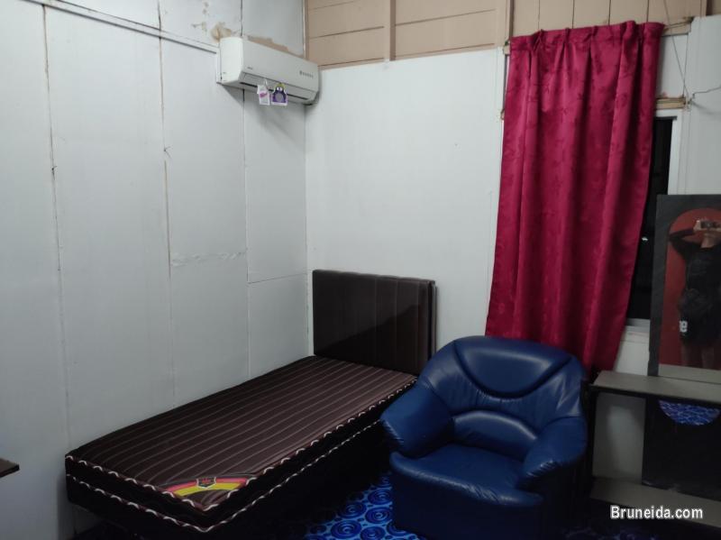 Room for Rent at Batu Besurat Gadong