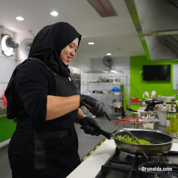 Commercial Kitchen for Rent in Brunei Muara - image