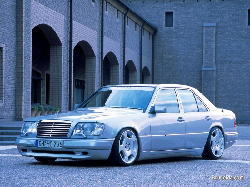 Picture of Mercedes Benz E Class W124 Wald Executive Bodykit