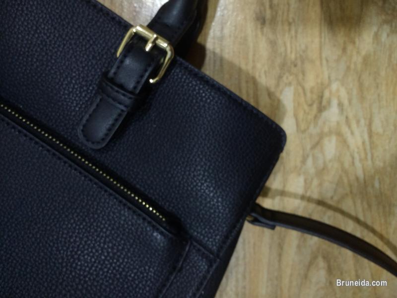 Authentic Mango Leather City Bag in Brunei