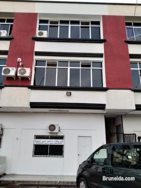 Picture of 3storey shophouse