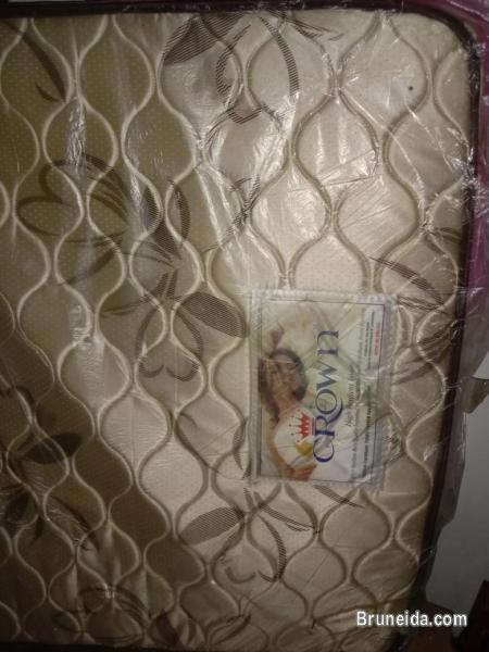 Picture of Single bed frame with mattress (slightly used)